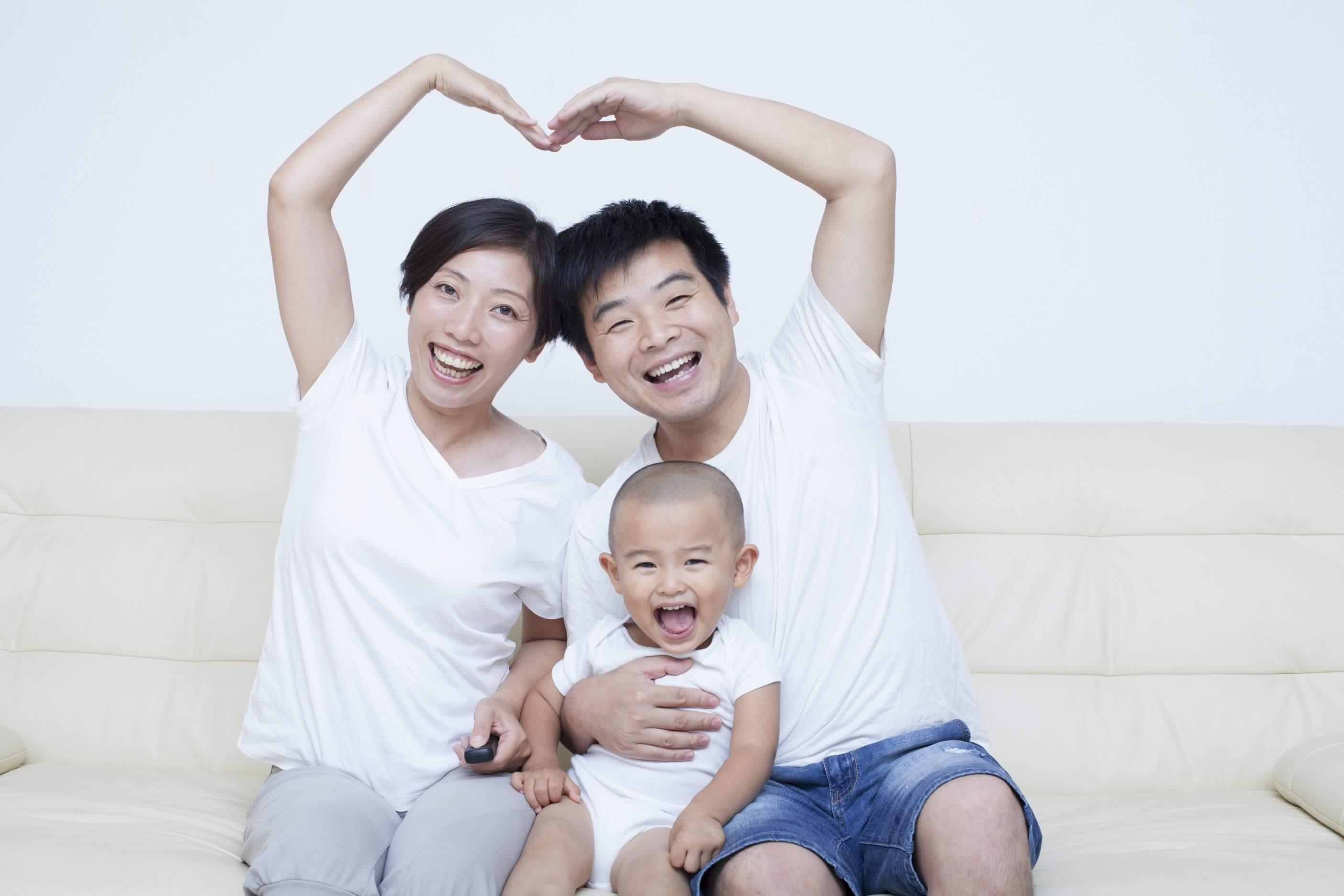 bayi-usia-18-bulan-si-kecil-penuh_energi-header-image.jpg