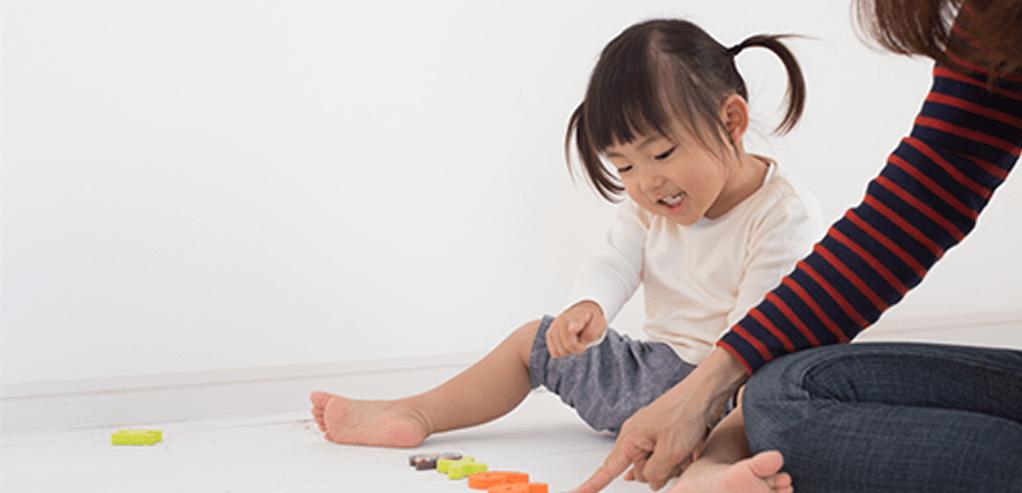 header-latih-kemampuan-sensorik-dan-motorik-anak-dengan-2-aktivitas-ini.png
