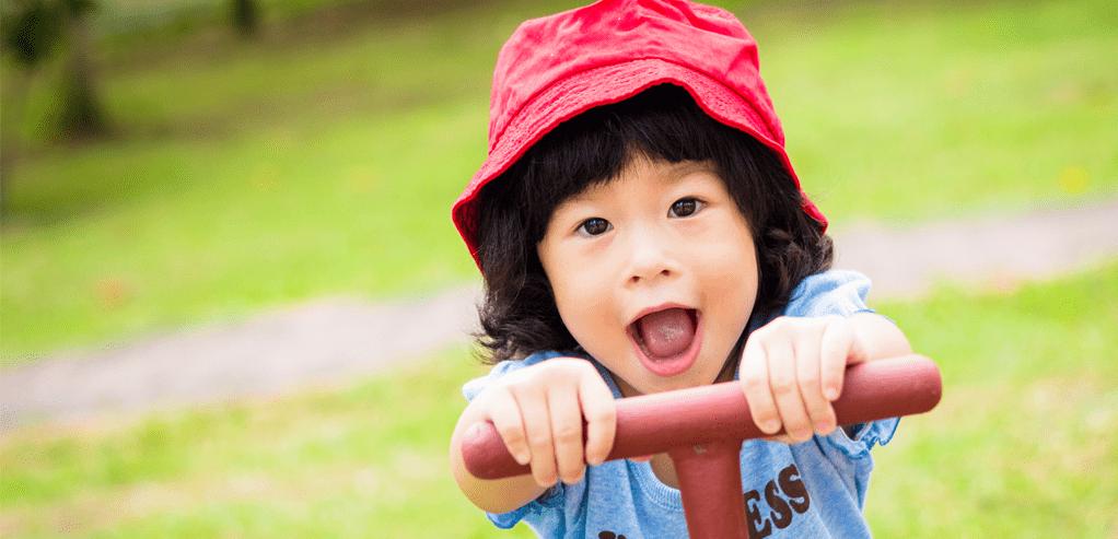 keuntungan-mengajak-si-kecil-bermain-outdoor-updated.png