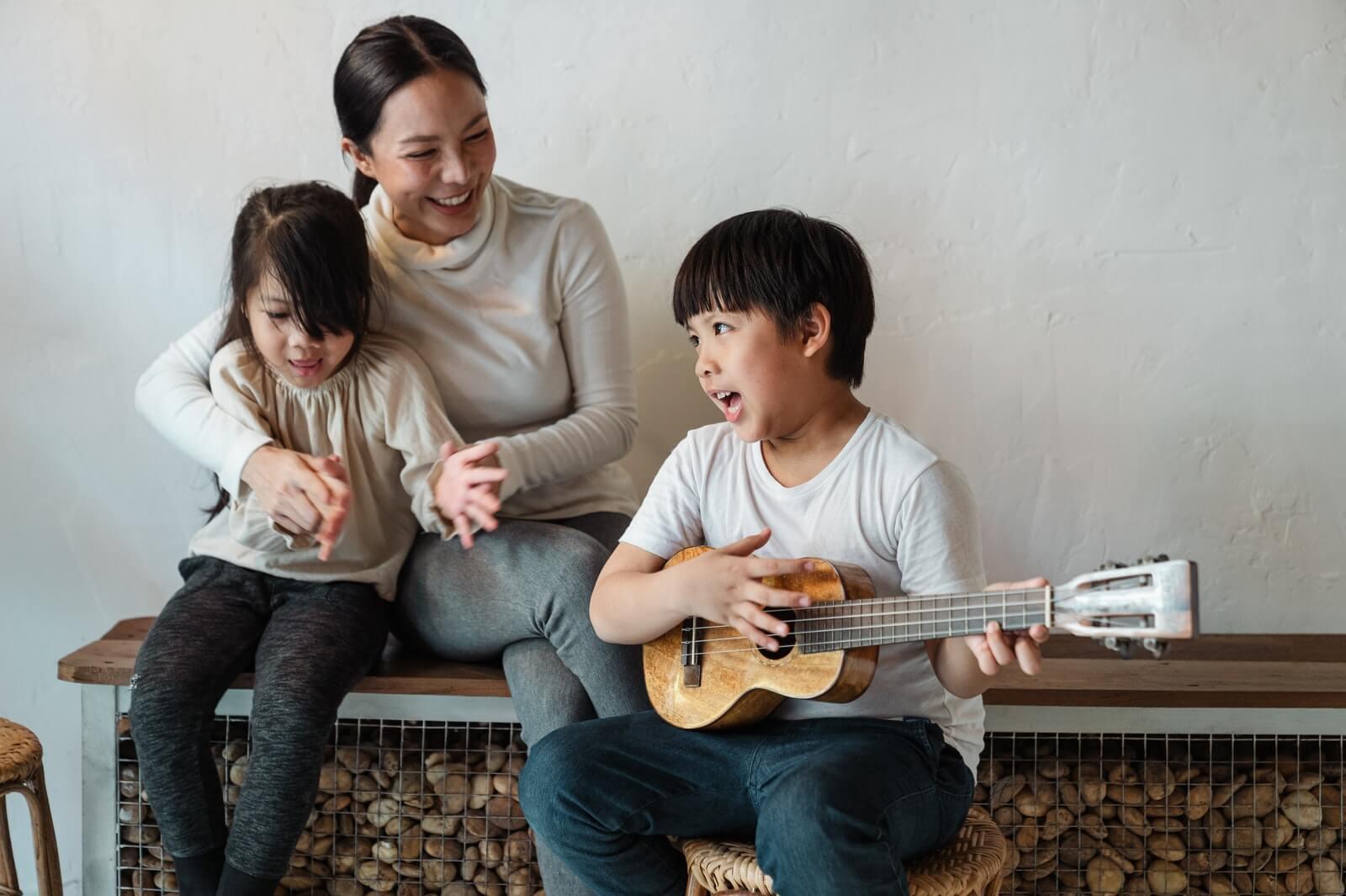 Permainan Musik Seru untuk si Kecil