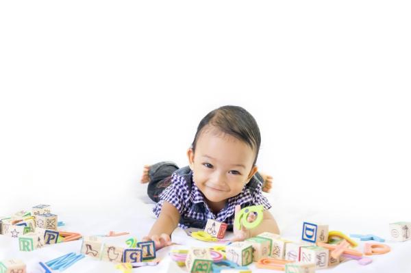 bayi-usia-7-bulan-sudat-saatnya-header-image.jpg