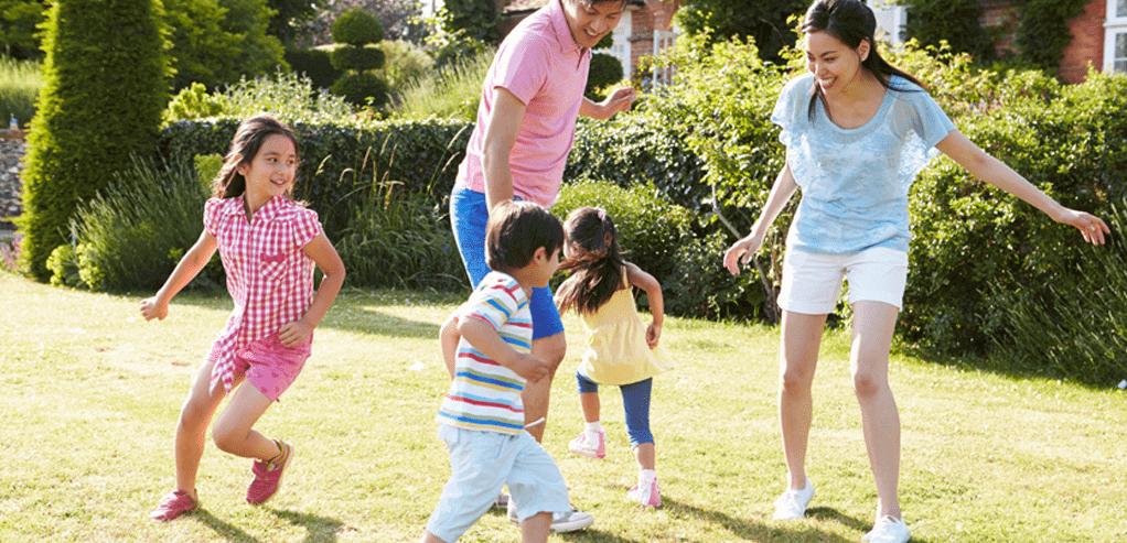 4-manfaat-orang-tua-bermain-dengan-anak.png