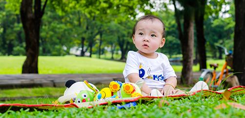 side-asah-kecerdasan-motorik-bayi-9-bulan-lewat-3-permainan-ini-1.png